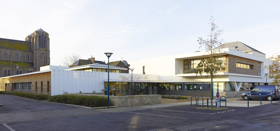 mostini - mostini - architectes & associés - maison de la famille